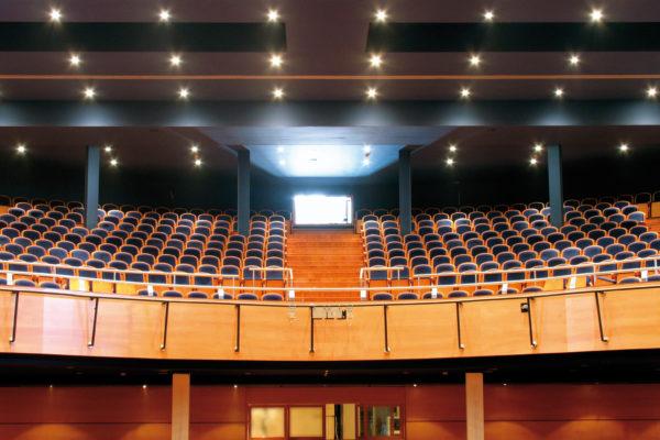 Teatro Calderón abre sus puertas con Amelia