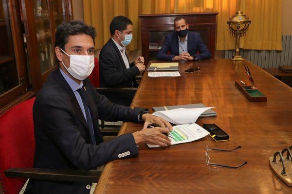 firma del convenio de ocupación del Edificio Viaducto