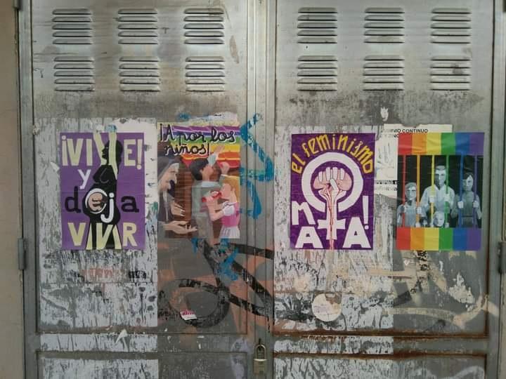 Ponts d´igualdad denuncia la aparición de carteles machistas y homófobos