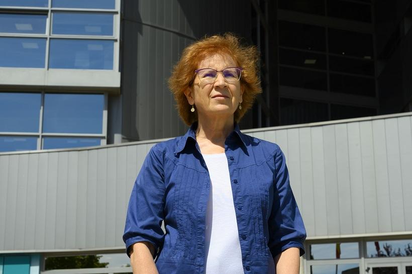 La viròloga Margarita del Val opina sobre els test d'antígens en les farmàcies