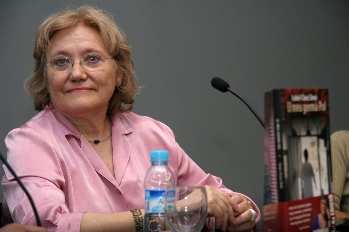 Cicle expositiu dedicat a Isabel-Clara Simó