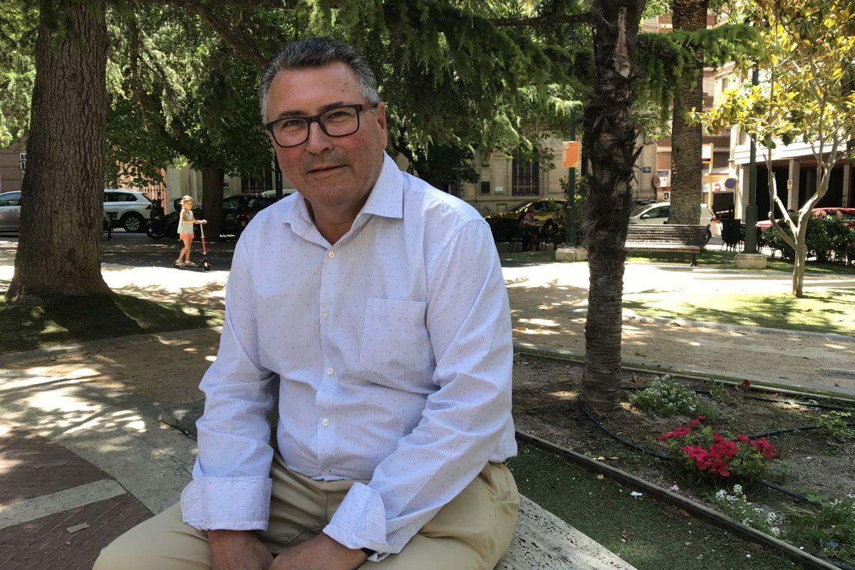 Miguel Juan Reig comprén el malestar per la impossibilitat d'accedir a les instal·lacions esportives municipals