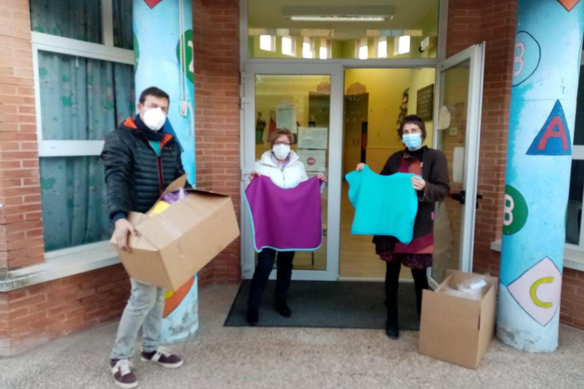 700 mantes-ponxo per als escolars de Banyeres