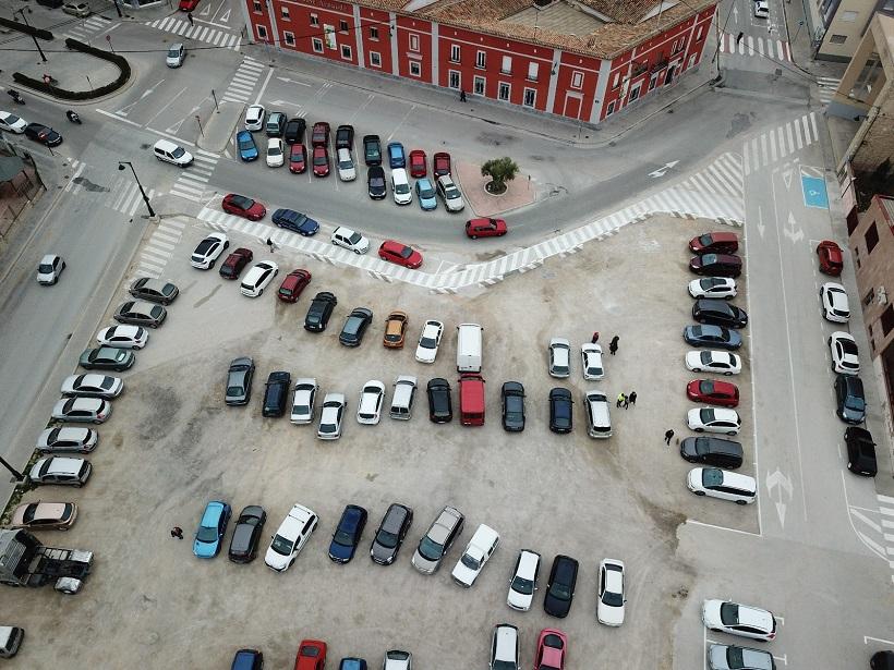 L'AV de Zona Nord al·lega al pla de la plaça Al-Azraq