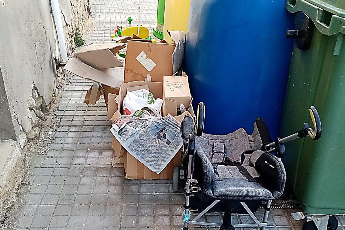 Banyeres demana l'ús racional dels contenidors