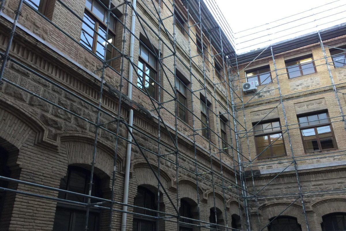 Comencen les millores de rehabilitació i accessibilitat de l'Edifici Viaducte d'Alcoi