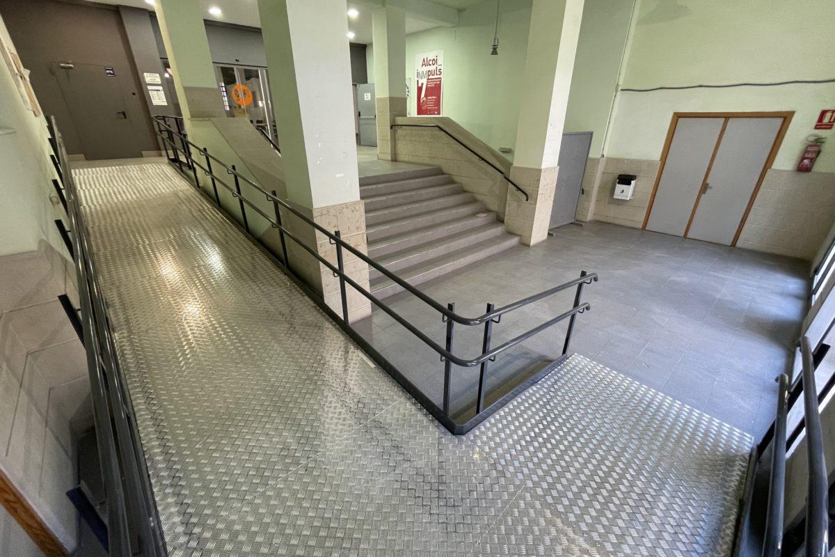 Acaben les obres d'accessibilitat de les instal·lacions d'Àgora