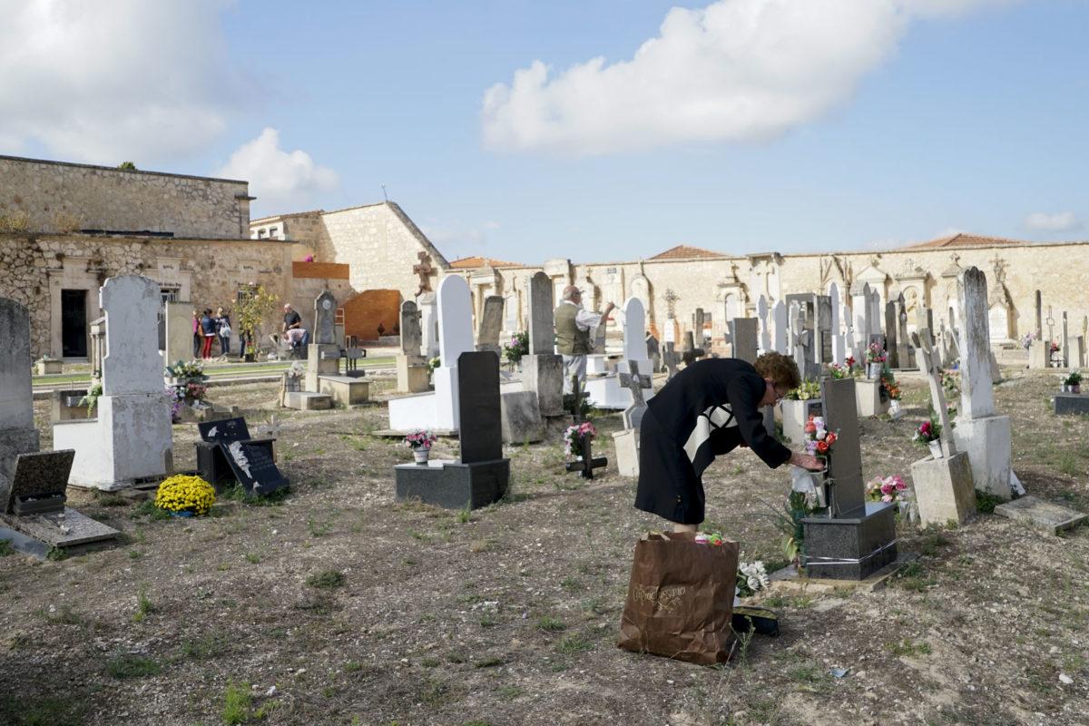 El cementeri comptarà amb un jardí per a depositar les cendres