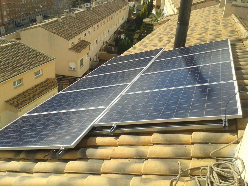Creix la producció de plaques fotovoltaiques