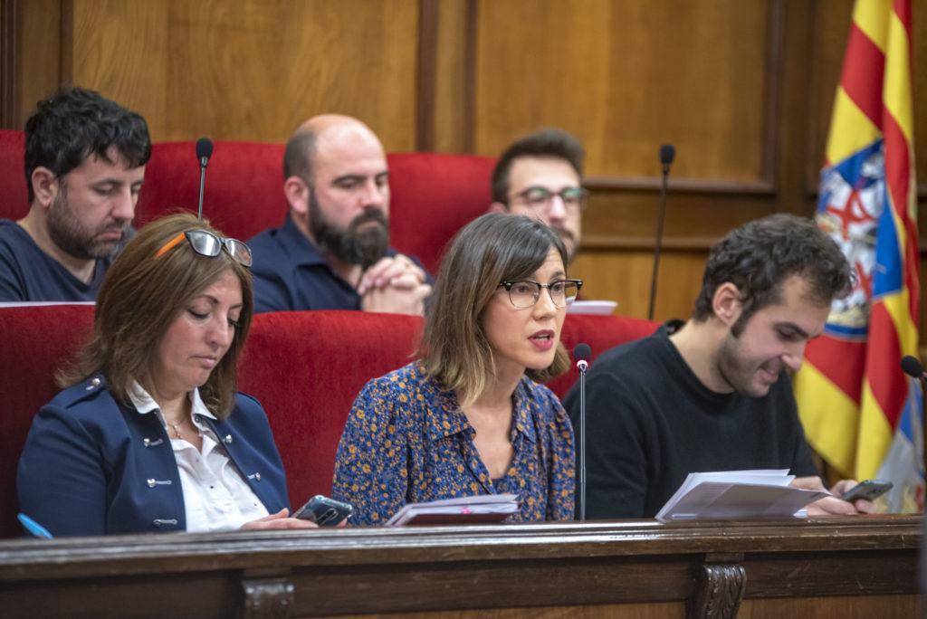 """Críticas a la """"privatización"""" de servicios públicos por parte de Guanyar"""