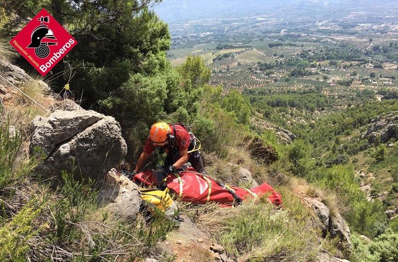 Un ferit després d'esvarar i caure a la muntanya per Turballos