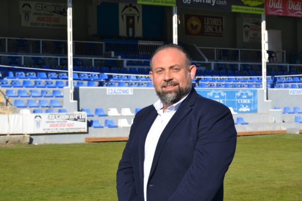 El Alcoyano ultima el primer informe econòmic que revelarà l'estat dels comptes del club