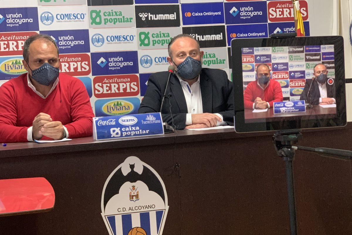 Josele González renova abrigallat per la directiva de l'Alcoià