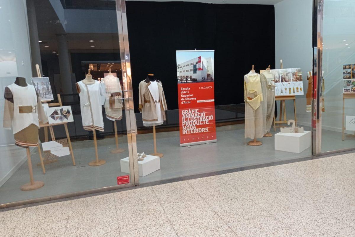 Dues noves exposicions de moda en el CC Alzamora