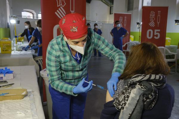 Pla de vacunació: es compleixen tres mesos des del seu inici a Espanya
