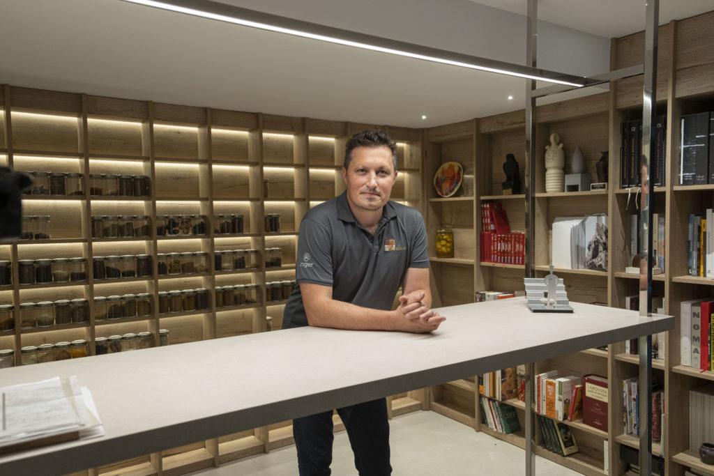 El chef Kiko Moya nombrado embajador global por una marca