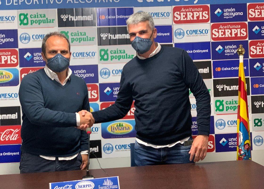 El Alcoyano renueva a Vicente Parras como entrenador del Alcoyano