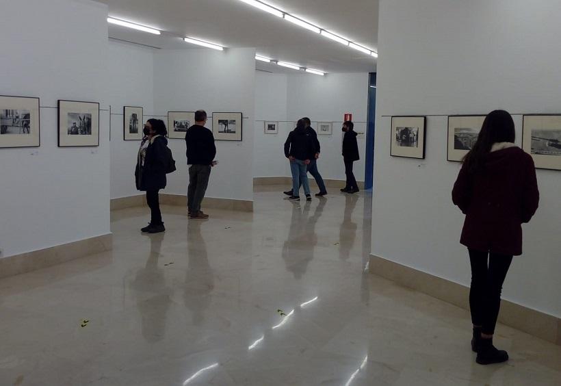 Las salas de exposiciones se llenan de arte y visitantes
