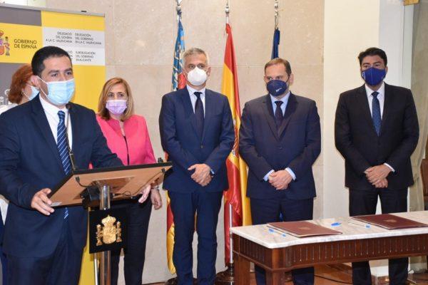 Signatura del protocol per a fer d'Alcoi una ciutat més sostenible