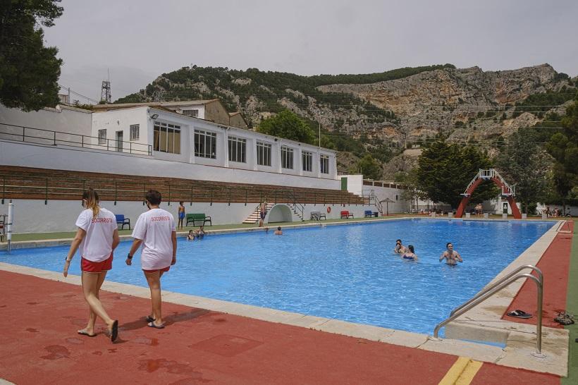 Obrin al públic les piscines municipals
