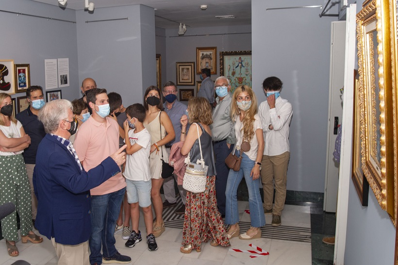 La trajectòria artística i festera de Paco Aznar llueix en el MAF