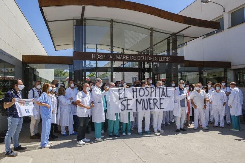 Protesta dels metges per la falta de plantilla a l'Hospital