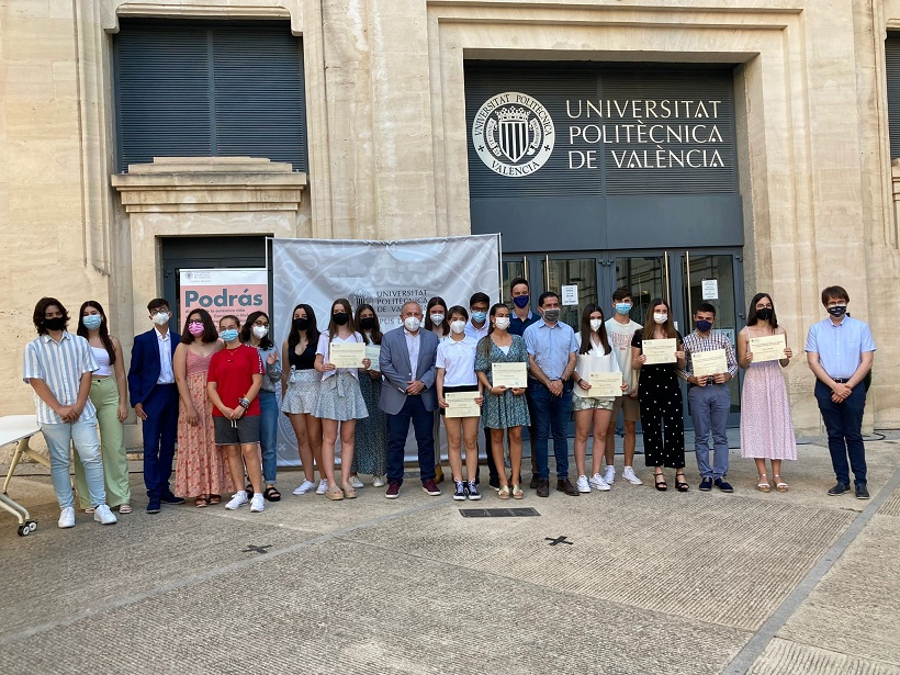 Lliurats els II Premis 'FUTUR' del Campus d'Alcoi de la UPV
