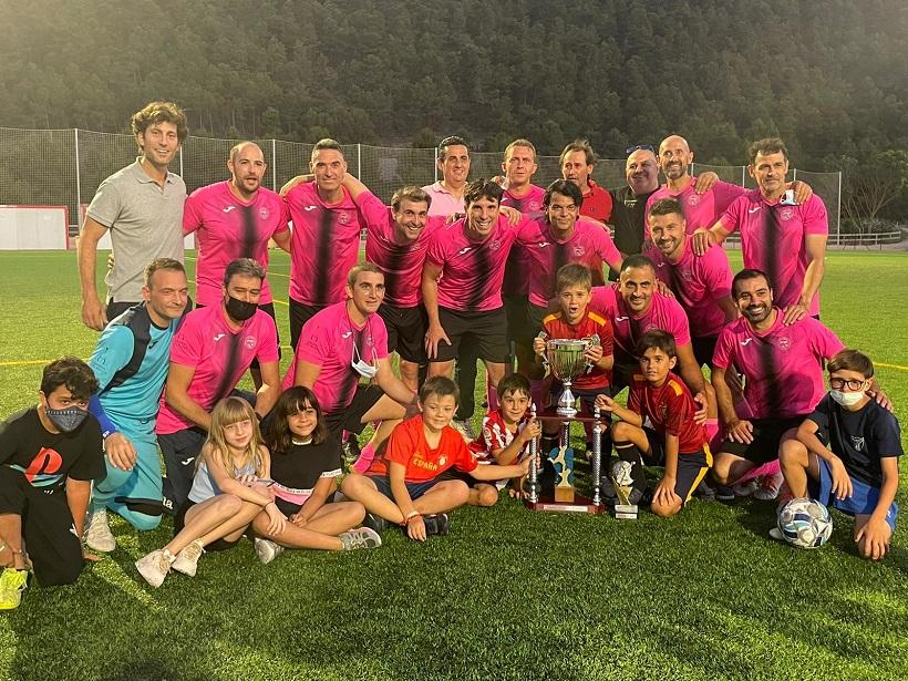 El Full Equip campeón local de fútbol 7 de veteranos