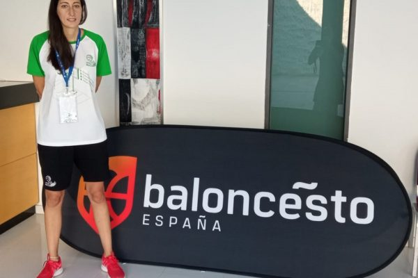 Lirios Rovira seguirá como directora deportiva del Mutua Levante NB Alcoi