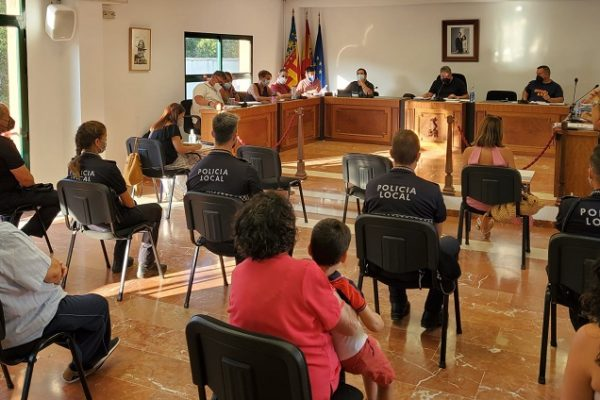 El ple de Muro rebutja la dimissió de l'edil *Kike Pascual