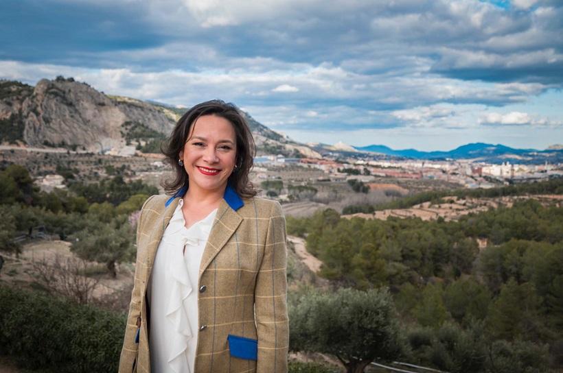 Indira Amaya és reelegida presidenta d'Alacant Interior