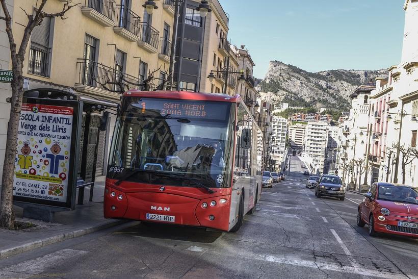 El número de viajeros del autobús urbano empieza a recuperarse
