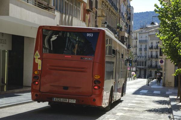 La menor freqüència de l'autobús