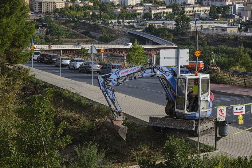El pont Paco Aura, tallat per obres el dilluns