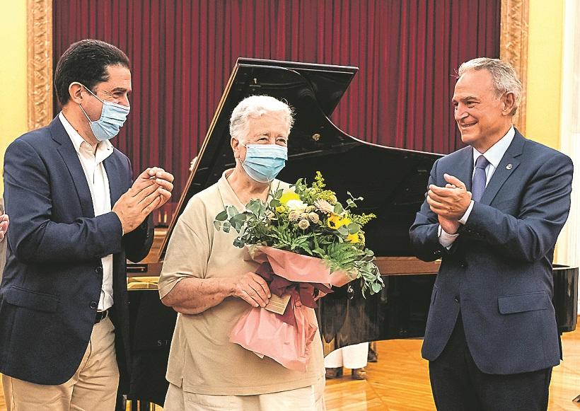 Recaptats 2.600 euros per a l'Hospital Carmelo