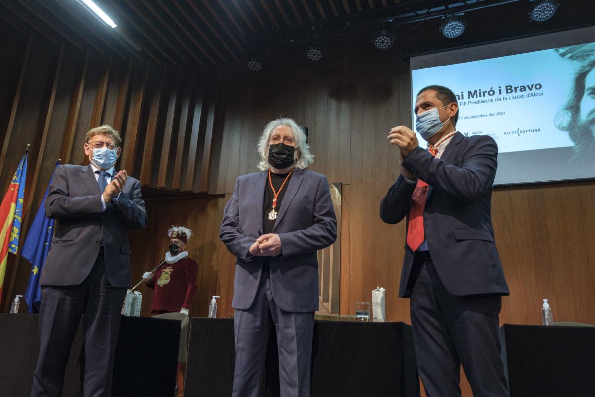 Antoni Miró recibe la Medalla