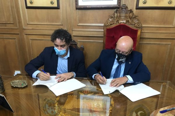Turisme destina 40.000 euros a la promoció dels Moros i Cristians d'Alcoi